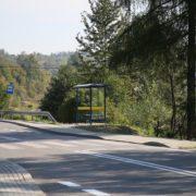 Montaż przystanków autobusowych