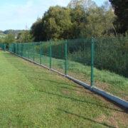Ogrodzenie boiska w Rzepienniku Biskupim